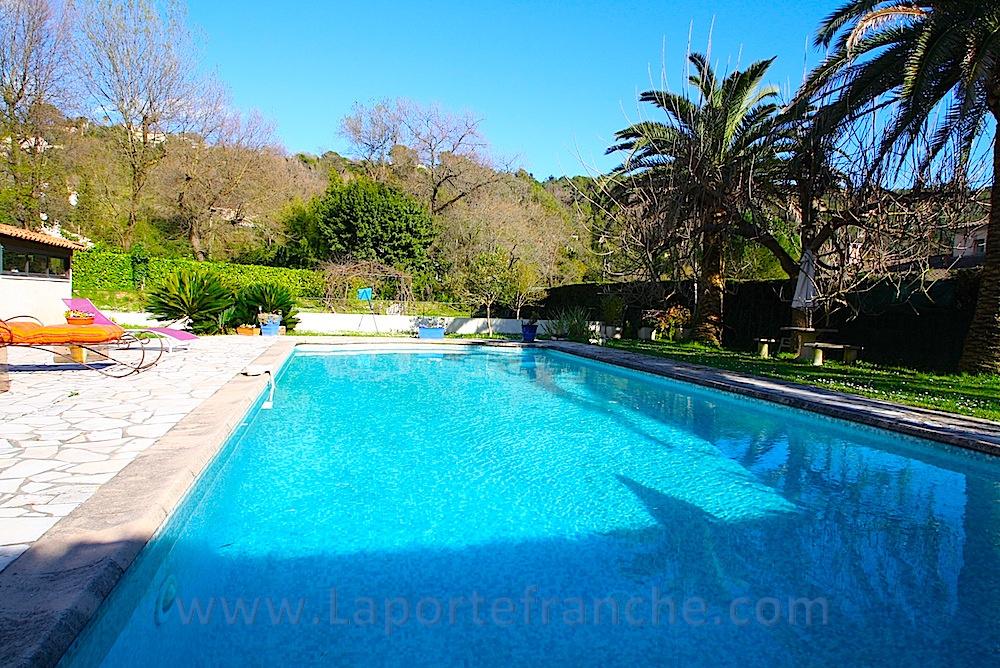 Vente st paul villa 93m piscine for Saint paul piscine