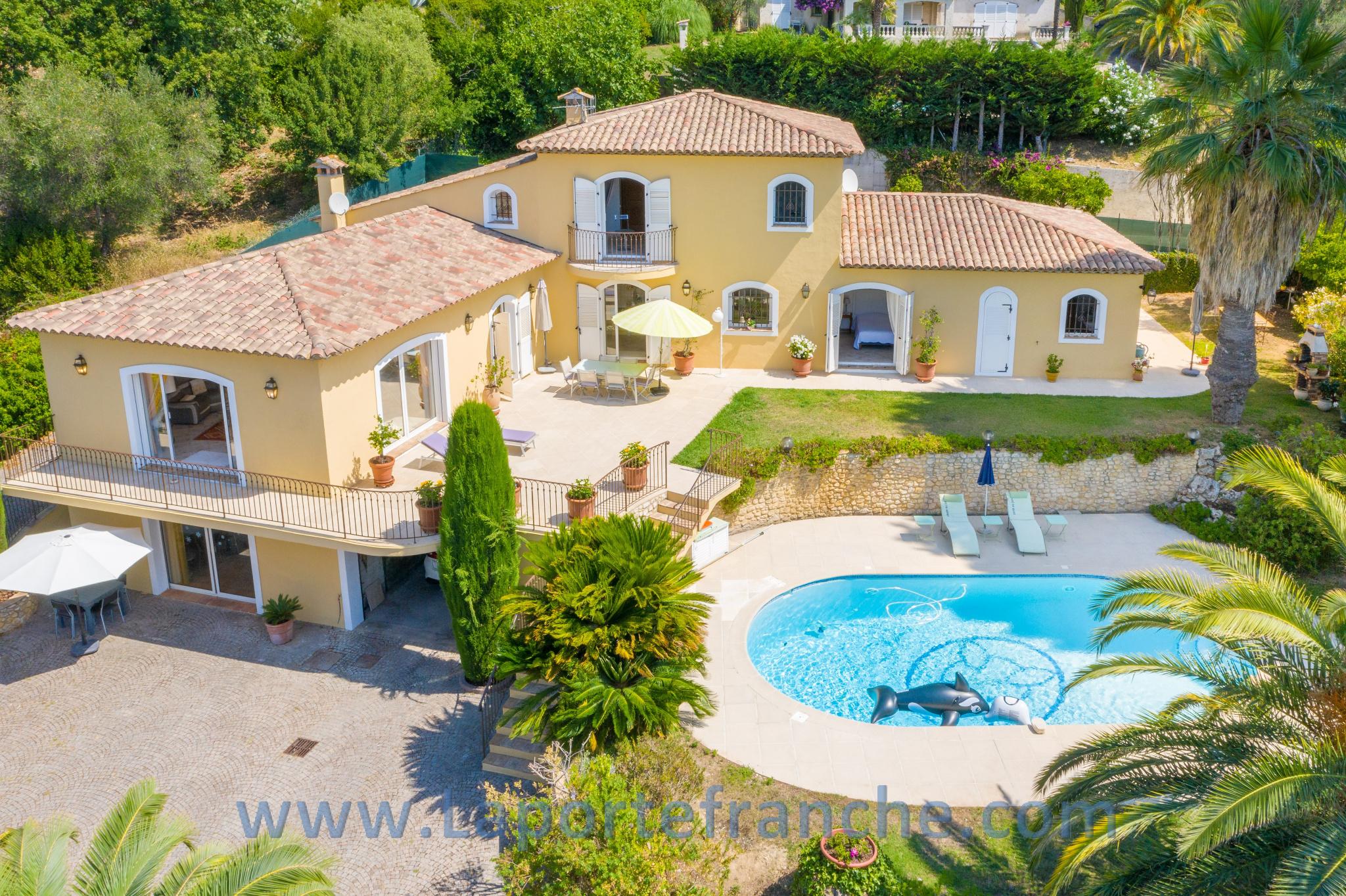 vente villa cagnes sur mer avec La Porte Franche